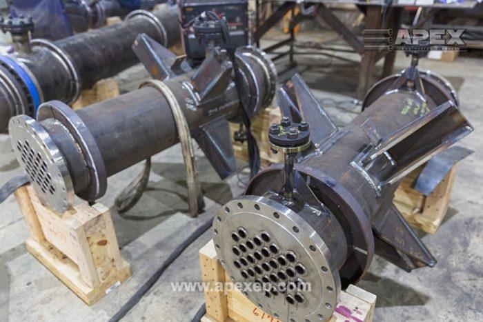 Column Reboilers: Alloy 600 and SA 516-70 steel - Photo 1